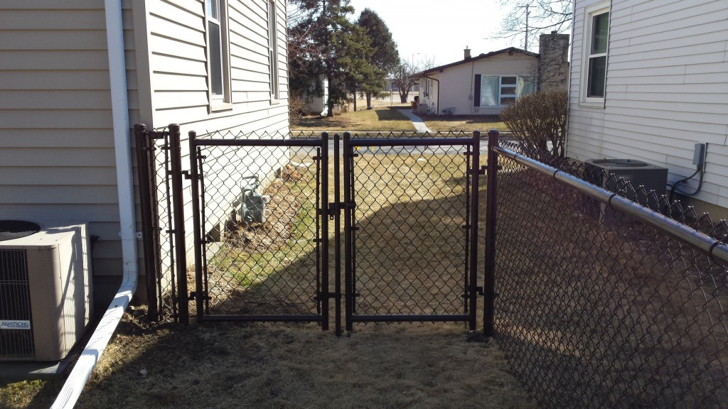 chain link fencing gate in brown
