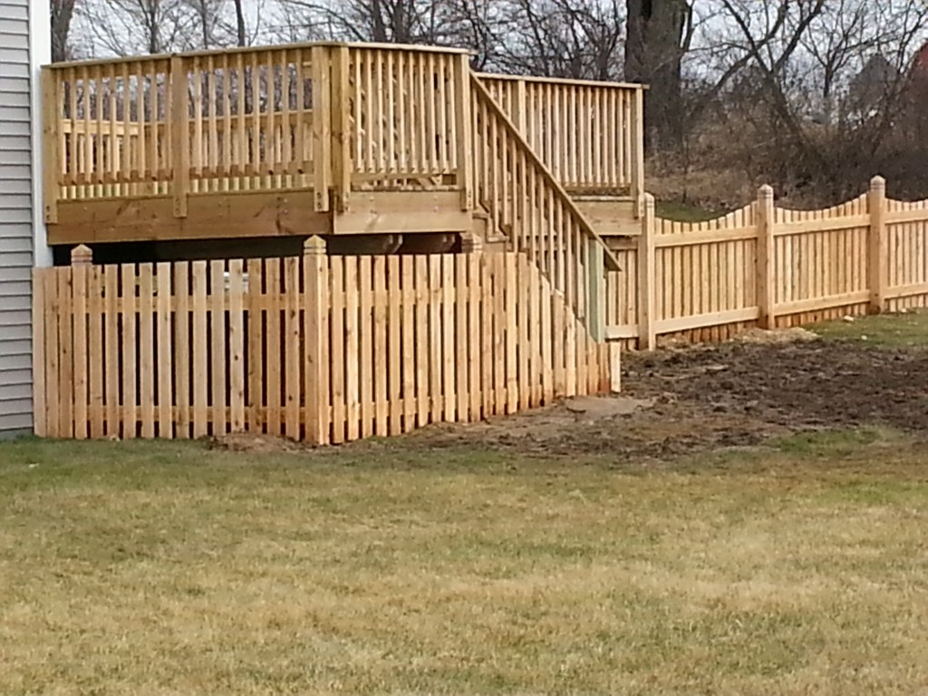 quality fence to deck