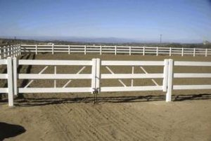 Vinyl Horse Fence Picture